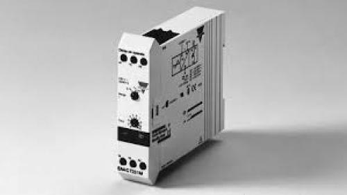 Carlo Gavazzi Din Mounting Timer (White) DELAY ON OPERATE