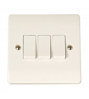 Click Scolmore 3-GANG 2-WAY 10A Plate Switch