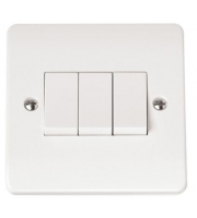 Click Scolmore 10AX 3 Gang 2 Way Plate Switch (White)