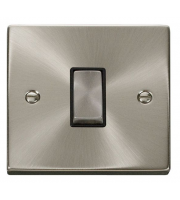 Click Scolmore 10AX Ingot 1 Gang Intermediate Plate Switch - Black - (Satin Chrome)