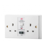 Fusebox 2G 13A 30mA Rcd Skt Unswitched (white)