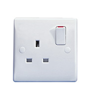 Schneider Electric GET Ultimate 1G 13A Single Pole Switched Socket (White)
