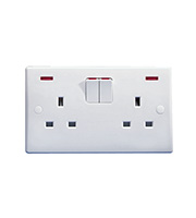 Schneider Electric GET Ultimate 2G 13A SP Switched Socket with Neon (White)